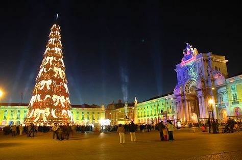 Christmas In Portugal 2019.Christmas In Lisbon Portugal Continents Countries