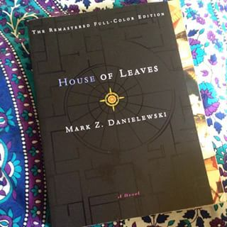 House of Leaves by Mark Z. Danielewski | 23 Underrated Books Every Horror Fan Needs To Read ASAP