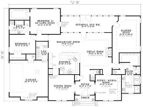 Plan 59638nd 3 Bed Brick Home Plan Two Master Suites Master Bathroom Plans House Plans One Story Traditional House Plans
