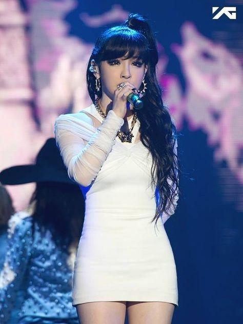 2NE1 Park Bom Says Goodbye To 'Roommate' In This Week's Episode http://www.kpopstarz.com/articles/100770/20140724/park-bom-2ne1-roommate-baek-jung-ryul-park-sang-hyuk-yg-entertainment-yang-hyun-suk.htm