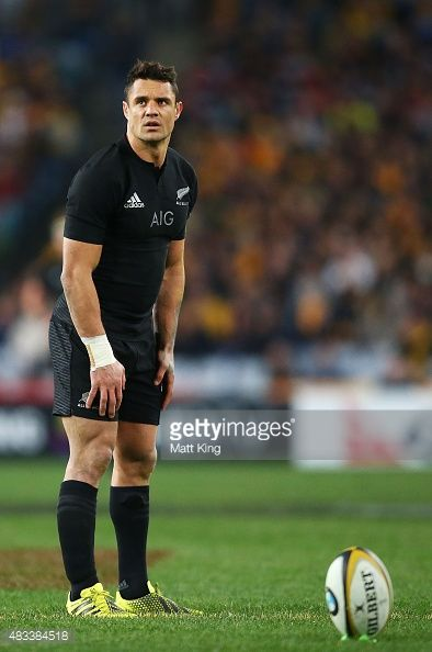 Daniel Carter of the All Blacks kicks a penalty during The Rugby Championship match between the Australia Wallabies and the New Zealand All Blacks at ANZ Stadium on August 2015 in Sydney,.