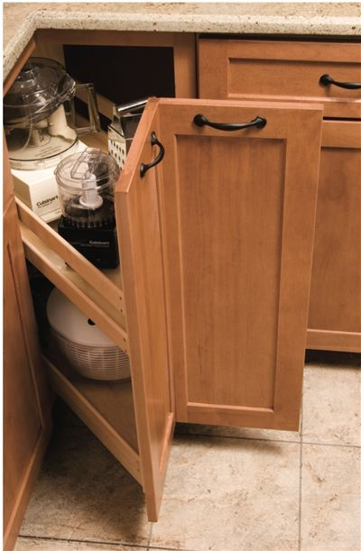 A Truly Unique Alternative To The Lazy Susan, The Corner Pantry Is  Fabricated From Solid Maple And Plywood Construction. Heavy Duty, 125lb  Full Extu2026