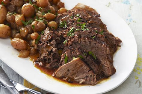 Recipes   Brands   Tips & Ideas   Healthy Living   Coupons Start typing, then use the up and down arrows to select an option from the list  Recipes Recipe Detail Recipe Box Sign In/Register français Home  Recipes  Slow-Cooker Market-Fresh Pot Roast