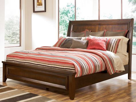 Ashley Furniture Corporation Holloway