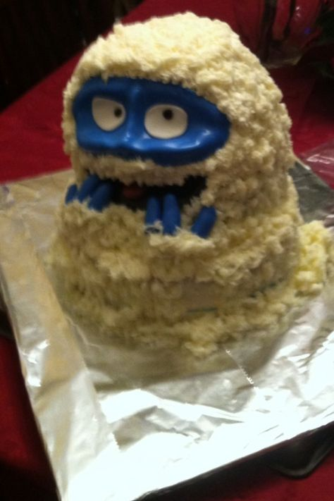 bumble birthday cake mmmmm recipes and food photos to try rh pinterest co uk