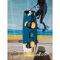 Epingle Par Surfone Leucate Sur Planche De Kite D Occasion En 2020 Galeries De Photos Wakeboard Port Leucate