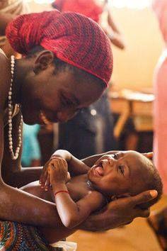 Le bonheur tout simplement. / Africa. / Afrique.