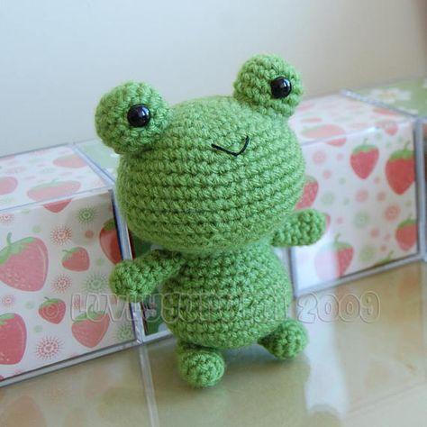 Froggy Gurumi Crochet Pattern by LuvlyGurumi on Etsy Crochet Frog, Cute Crochet, Crochet Crafts, Crochet Hooks, Crochet Projects, Crochet Animal Patterns, Stuffed Animal Patterns, Crochet Patterns Amigurumi, Easy Crochet Animals