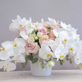 Pin By Amber Bradley On Flower Muse Flower Arrangements Flower Delivery Flowers