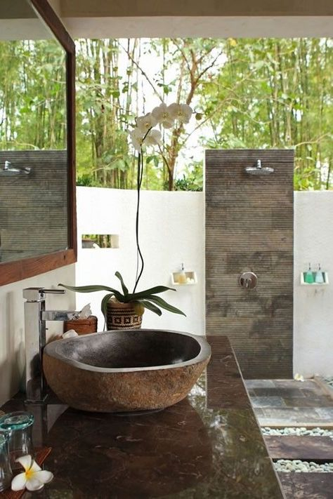 ubud villa rental tropical bathroom