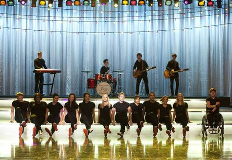The New Directions Perform In Glee Season 4 Episode 15 Girls