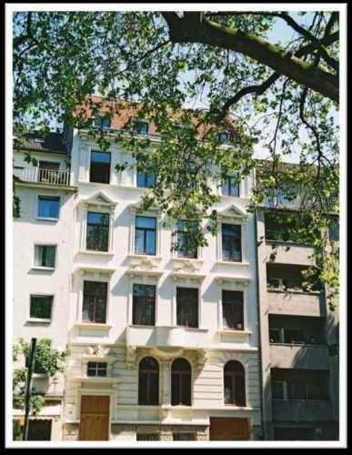 Traumhafte Dachgeschoss Maisonette In Saniertem Altbau Immobilienmarkt Faz Net Wohnung Kaufen Altbau Immobilien