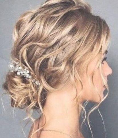 67 Ideas Wedding Hairstyles Medium Length Thin Updo Wedding Hairstyles Thin Hair Hair Styles Short Wedding Hair