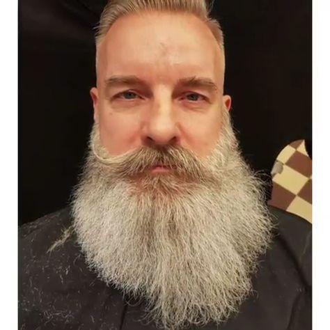 Rocking the Gray/White Beard 🙌🔥👊⠀
