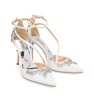Black pumps heels