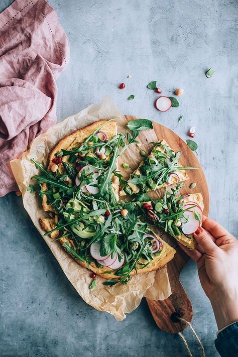 Chickpea pizza crust with asparagus and greens #glutenfree #pizza #healthy