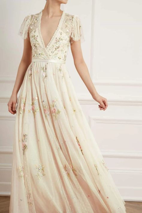 New Season Petunia Cap Sleeve Gown in Meadow Pink. Shop the new collection. Cap Sleeve Gown, Cap Sleeves, Pretty Dresses, Beautiful Dresses, Lace Dresses, Club Dresses, Gowns Of Elegance, Bridesmaid Dresses, Wedding Dresses