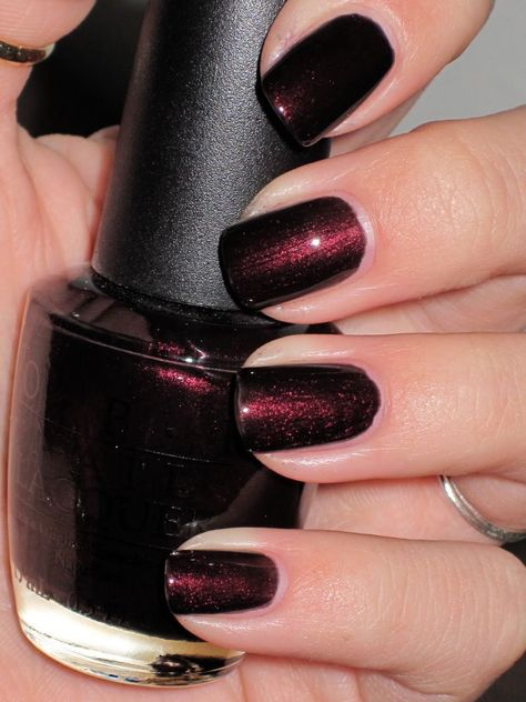 OPI Discontinue Color Nail Polish Midnight in Moscow NL R59
