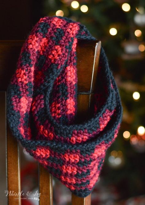Crochet Plaid Infinity Scarf - Free Crochet Pattern