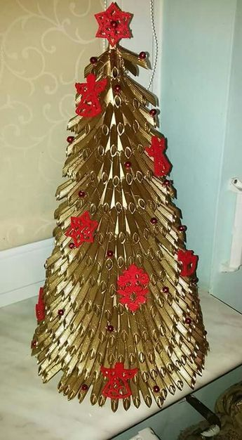 Lace Doily Christmas Tree Paper Christmas Decorations Christmas Tree Crafts Diy Christmas Paper Decorations