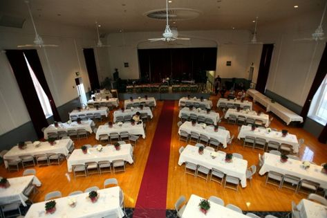 How many guests will fit at a 6 ft. rectangular table? | Weddings, Planning | Wedding Forums | WeddingWire