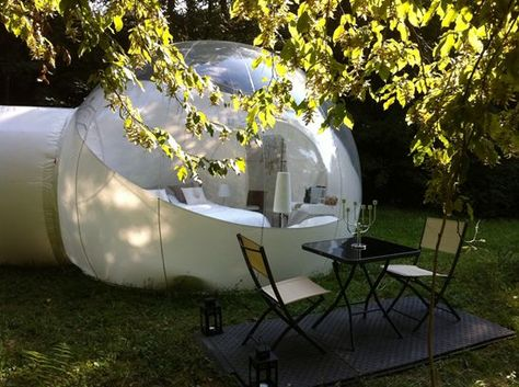 Sembra una gigantesca bolla di sapone e invece è una camera d'albergo. Partendo dall'intuizione del designer Pierre Stéphane Dumas