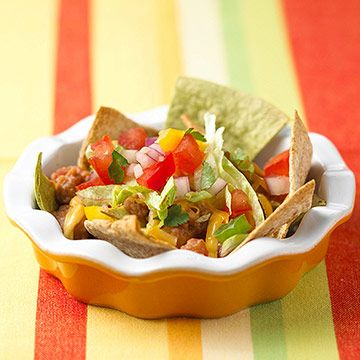 Craving chips and #cheese? Try these better-for-you nachos!