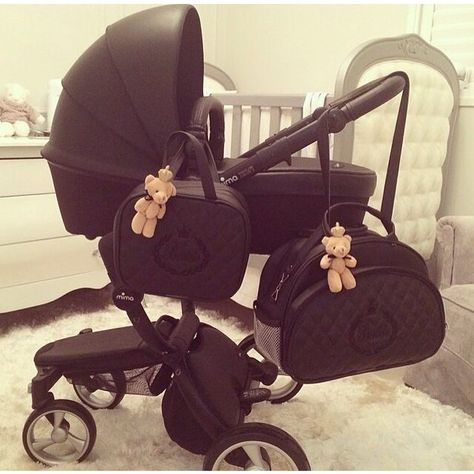 So You Want to Buy a Jogging Stroller - Read This First Baby Necessities, Baby Essentials, My Baby Girl, Our Baby, Girl Car, Baby Needs, Baby Time, Baby Hacks, Baby Accessories