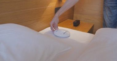 بشرى سارة للأمهات شركة تبتكر روبوت بينضف السرير ويعقمه فيديو Decor Kotatsu Table Home Decor