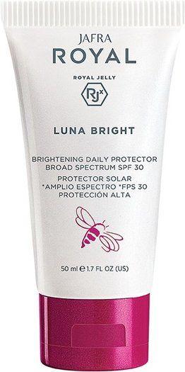 Royal Luna Bright Brightening Daily Protector Broad Spectrum Spf 30 Luna Bright Werkt Gericht Tegen Hyperpigmentatie En Voorkomt De In 2020 Spf 30 Spf Broad Spectrum We will be back soon! pinterest