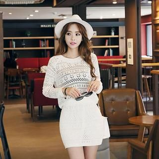 Set: Open-Knit Top + Mini Skirt