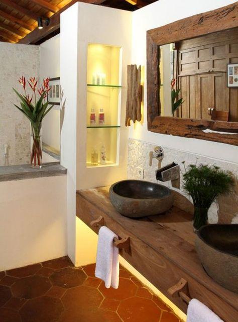 Bad In Ordnung Halten Hand Und Badetucher Organisieren