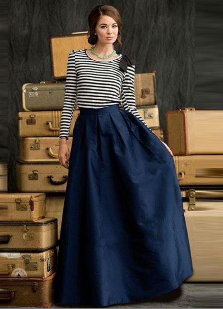 Falda Larga Azul Outfits Azul Marino Azul Electrico Como Combinar Una Falda Larga Azu Con Busa De Rayas Accesorios Para Vestido Azul Faldas Moda