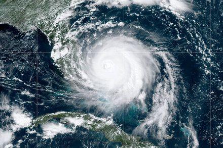 Hurricane Dorian Updates Storm Pounds The Bahamas And Threatens Florida Atlantic Hurricane Storm Surge National Hurricane Center