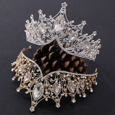 Wholesale European Women Pageant Crystal Crowns And Tiaras For Wedding Wedding Dress Tiara - Buy Bridal,Wedding Party Bridal Crown,Unique Design Hair Hoop Product Product on Alibaba.com