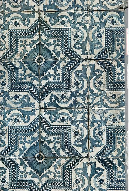 Moroccan Print Vinyl Flooring Two Birds On A Branch Tiles