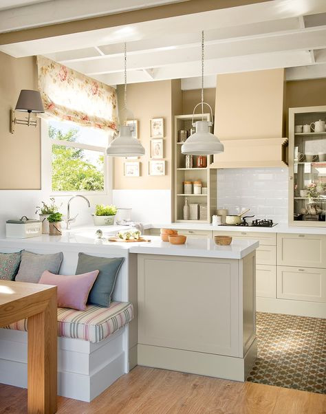 Design Item Kitchen of the Week serene, painted and grey - kleine k che u form