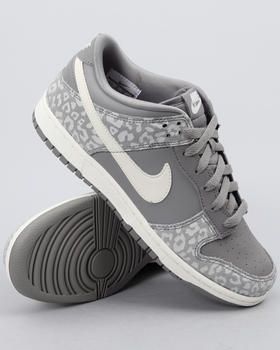 finest selection 14163 8b24d Nike - Wmns Nike Dunk Low Skinny Sneakers