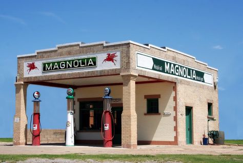 Old Gas Station on Route 66, Shamrock, Texas