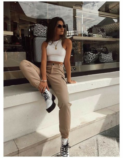 Trendy Fall Outfits, Cute Casual Outfits, Spring Outfits, Spring Clothes, Winter Clothes, Sporty Outfits, Rock Fall Outfits, Layered Summer Outfits, Pants Outfits