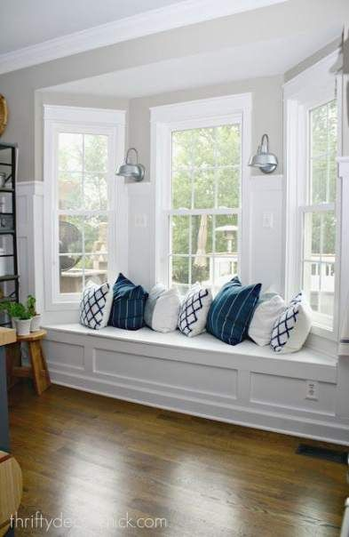 30 Ideas Window Seating With Storage Wall Colors Dining Room Windows Bay Window Seat Interior Window Trim