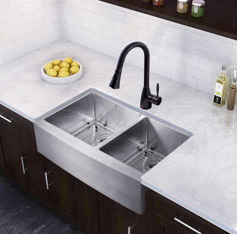 33 L X 22 W Double Basin Farmhouse Kitchen Sink With Faucet