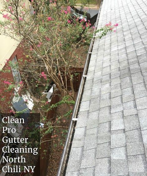 The Guidance From Professionals In Regards To Rain Gutter Upkeep Is To Have A Professional Examine And Clea Cleaning Gutters Gutter Garden Rain Gutter Cleaning