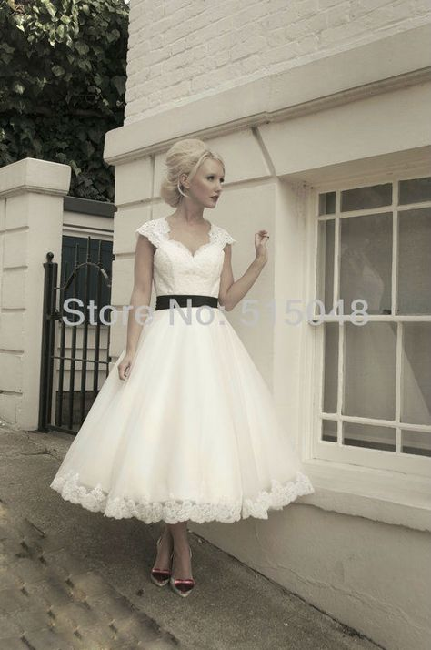 Free Shipping Fabulous Black Bow Belt Lace Appliques Organza Keyhole Back Tea Length Wedding Dresses Bridal Gown $116.24
