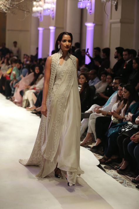 Highlights from Anamika Khanna's Showcase at India Couture Week 2016