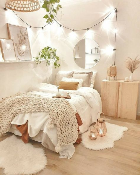 Cute Bedroom Decor, Bedroom Decor For Teen Girls, Apartment Bedroom Decor, Girl Bedroom Designs, Stylish Bedroom, Room Ideas Bedroom, Small Room Bedroom, Bedroom Inspo, Dream Bedroom