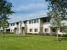 Located in Springfield, Massachusetts, Eastbrook Apartments offers ...