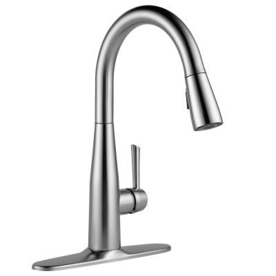 Delta Fuse Single Handle Pull Down Sprayer Kitchen Faucet With