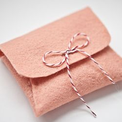Apericots Gift Wrap Gift Wrapping for any Apericots Item with Natural Tan Pillow Box with Peach and Cream Colored Baker/'s Twine