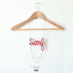 SURF corail rose // sautoir // collier long // necklace // pink coral //fait main // handmade //knitted tricoté et brodé embroideried // niak original // message // logo // mot